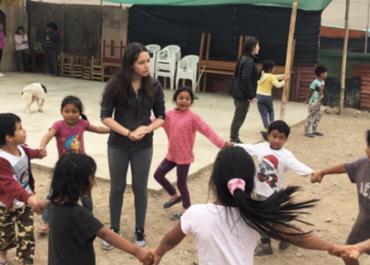 Cañete: Estudio y diversión para los niños de Agüita de Coco